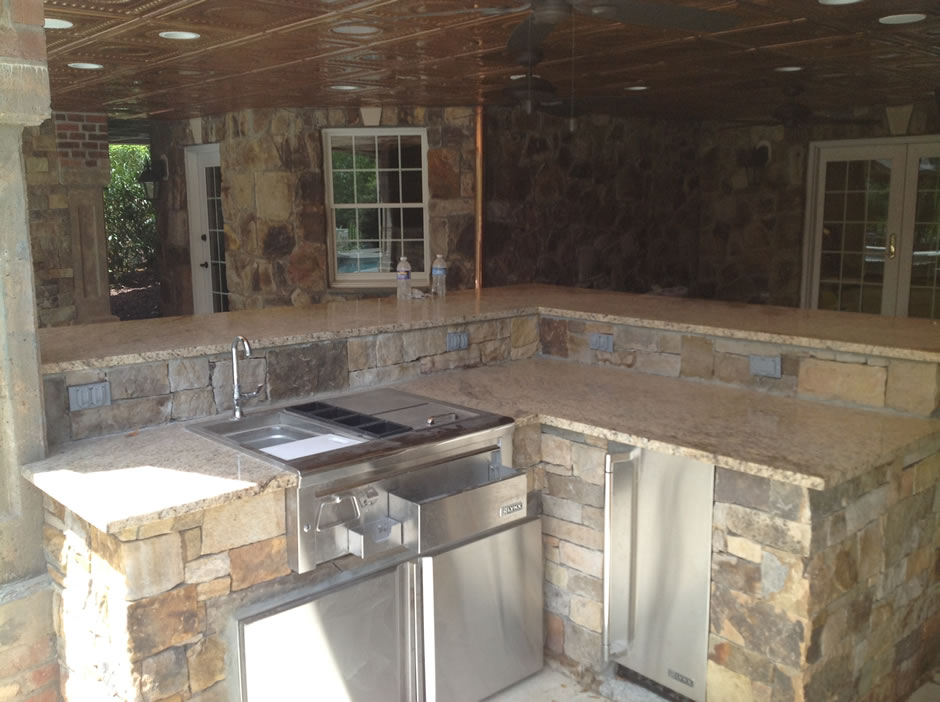 Outdoor Kitchen under deck Belmont VA