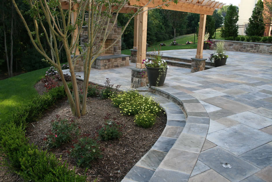Flagstone patio and pergola Vienna VA