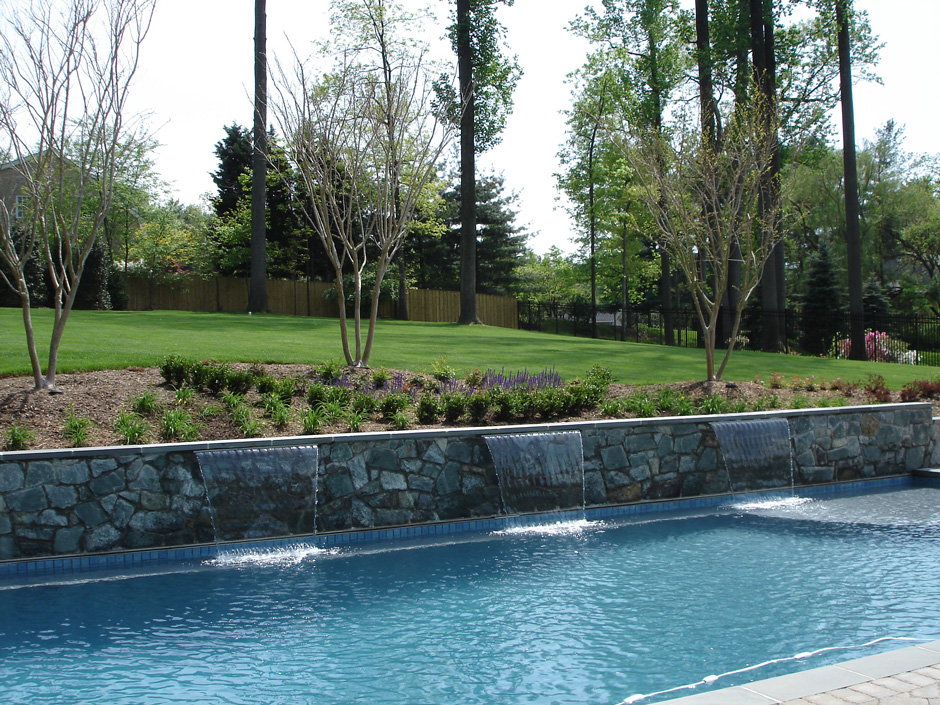 Custom swimming pool McLean VA